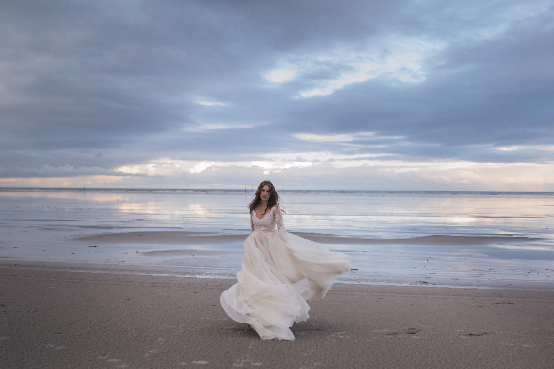 bridal portrait beach-elfenkleid-couture bridal gown-wedding photographer germany