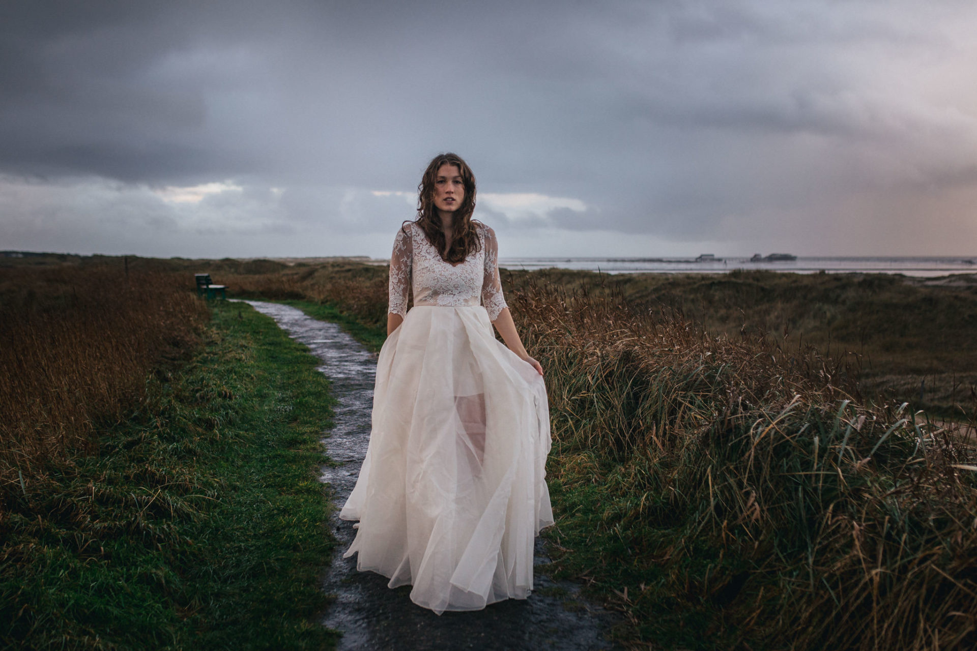 wedding rain-bridal portrait-sankt peter wording beach motel wedding