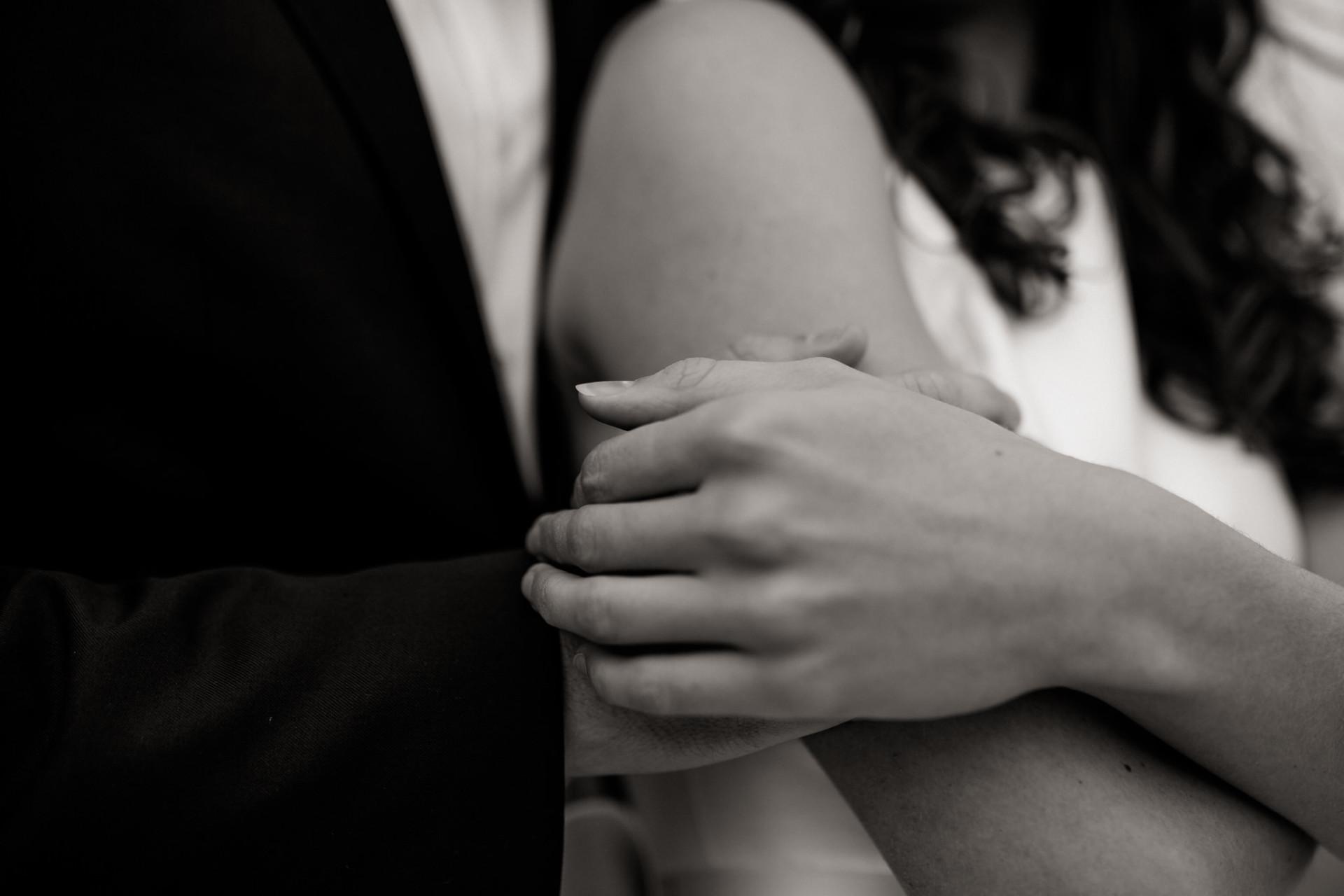 black and white wedding-wedding photo detail-moody wedding photo