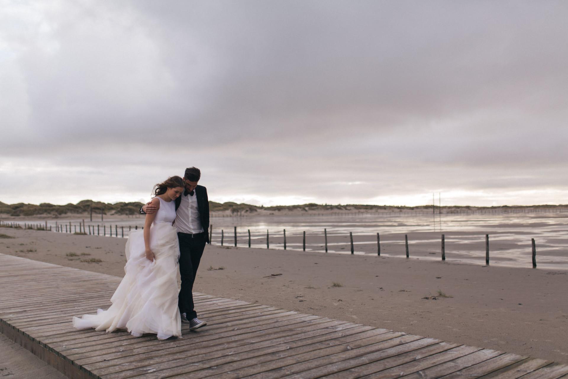 beach elopement-beach wedding sankt peter ording