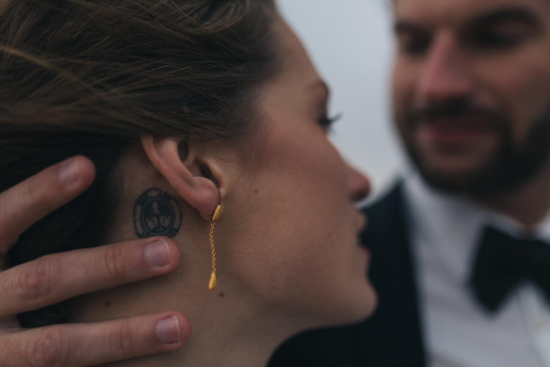 tattooed bride-wedding jewellery-wedding portrait