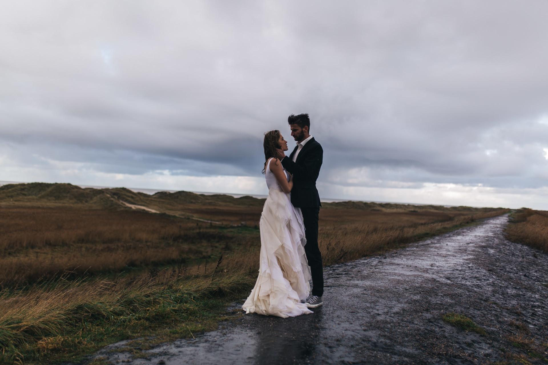 beach motel spot wedding-beach elopement-elopement germany
