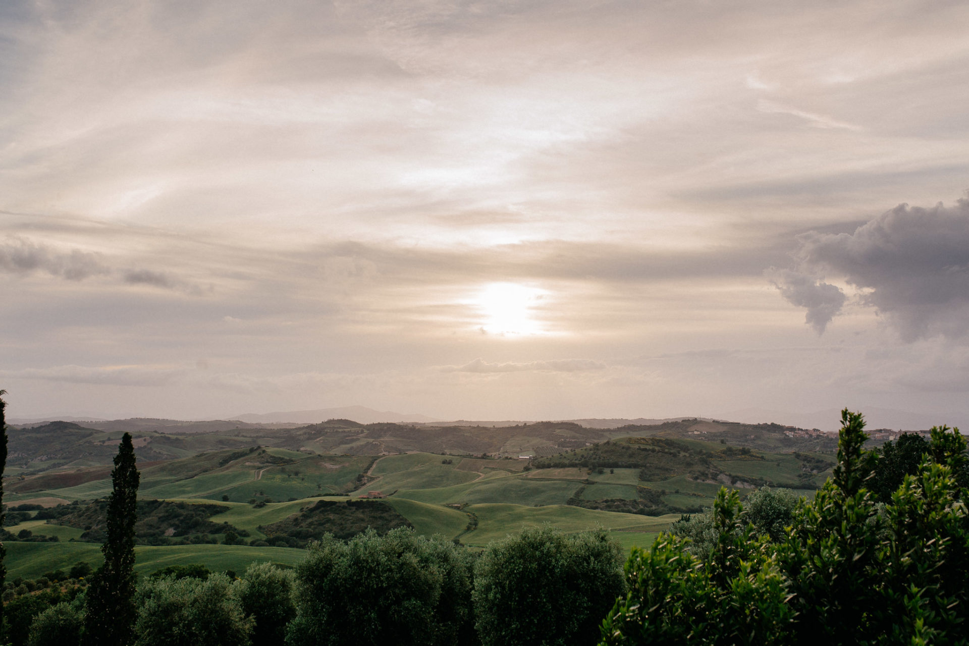wedding photographer tuscany-italy road trip with dog-boutique hotel-exclusive romantic gateway-grosseto region-dimora santa margherita