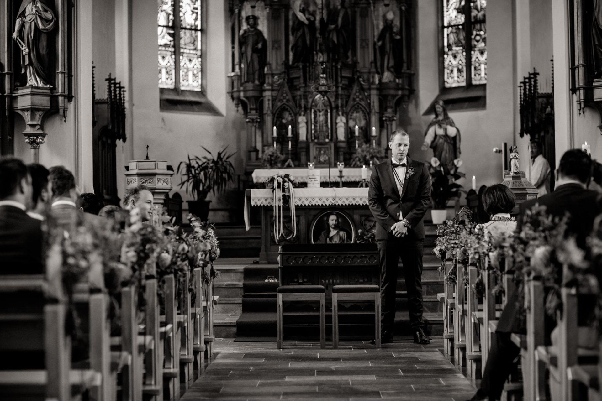 wedding photographer Lech Ahlberg-Church wedding in mountains
