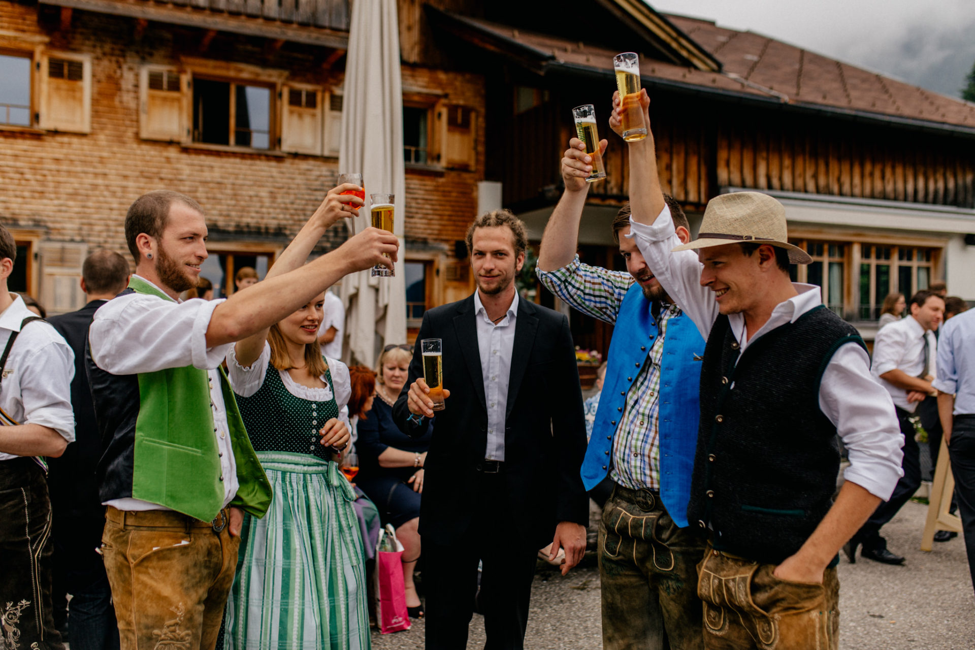 wedding photographer Lech Arlberg-mountainwedding-reception