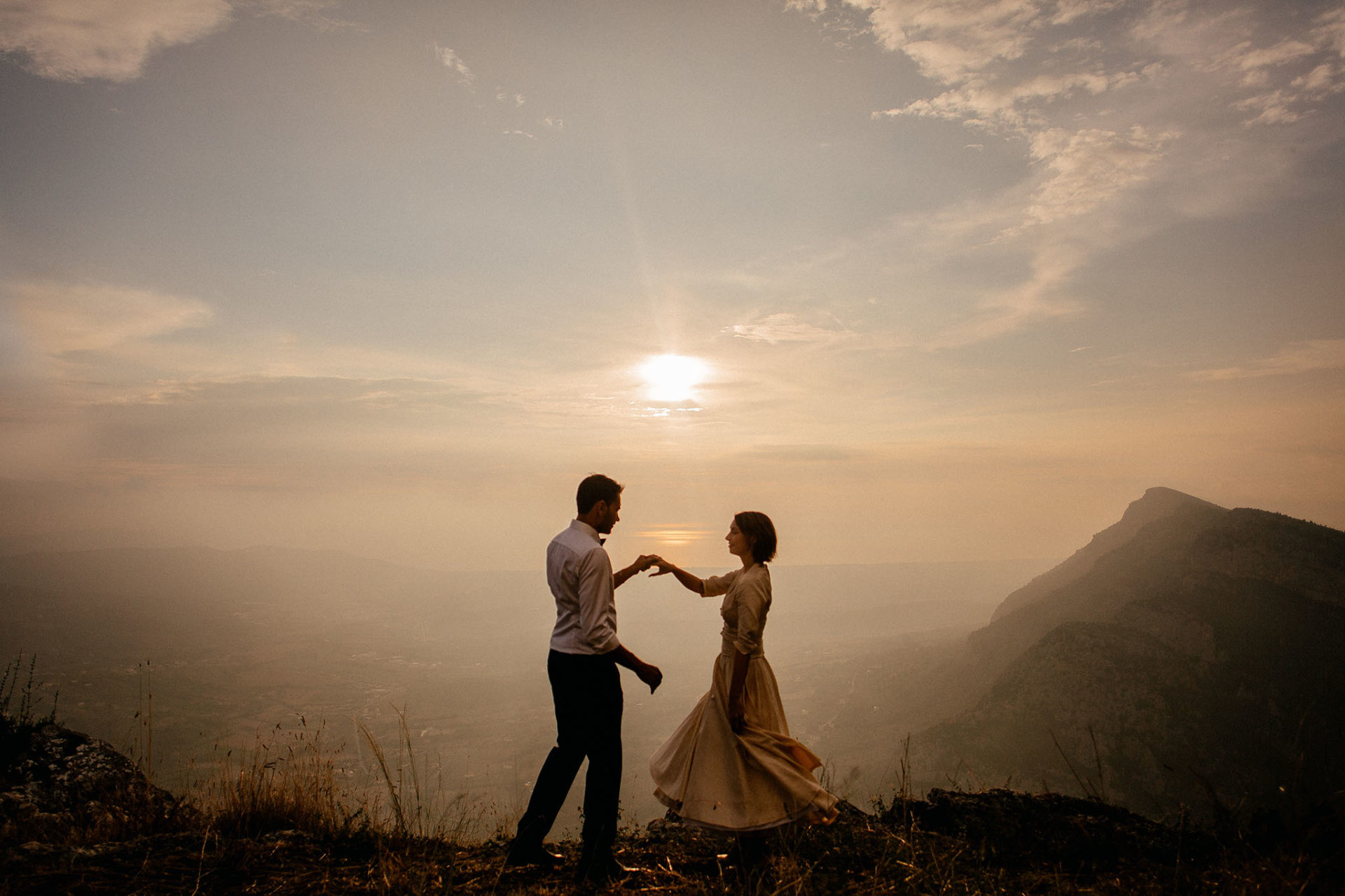 wedding photographer amalfi coast-italy wedding-bride and groom portrait mountains
