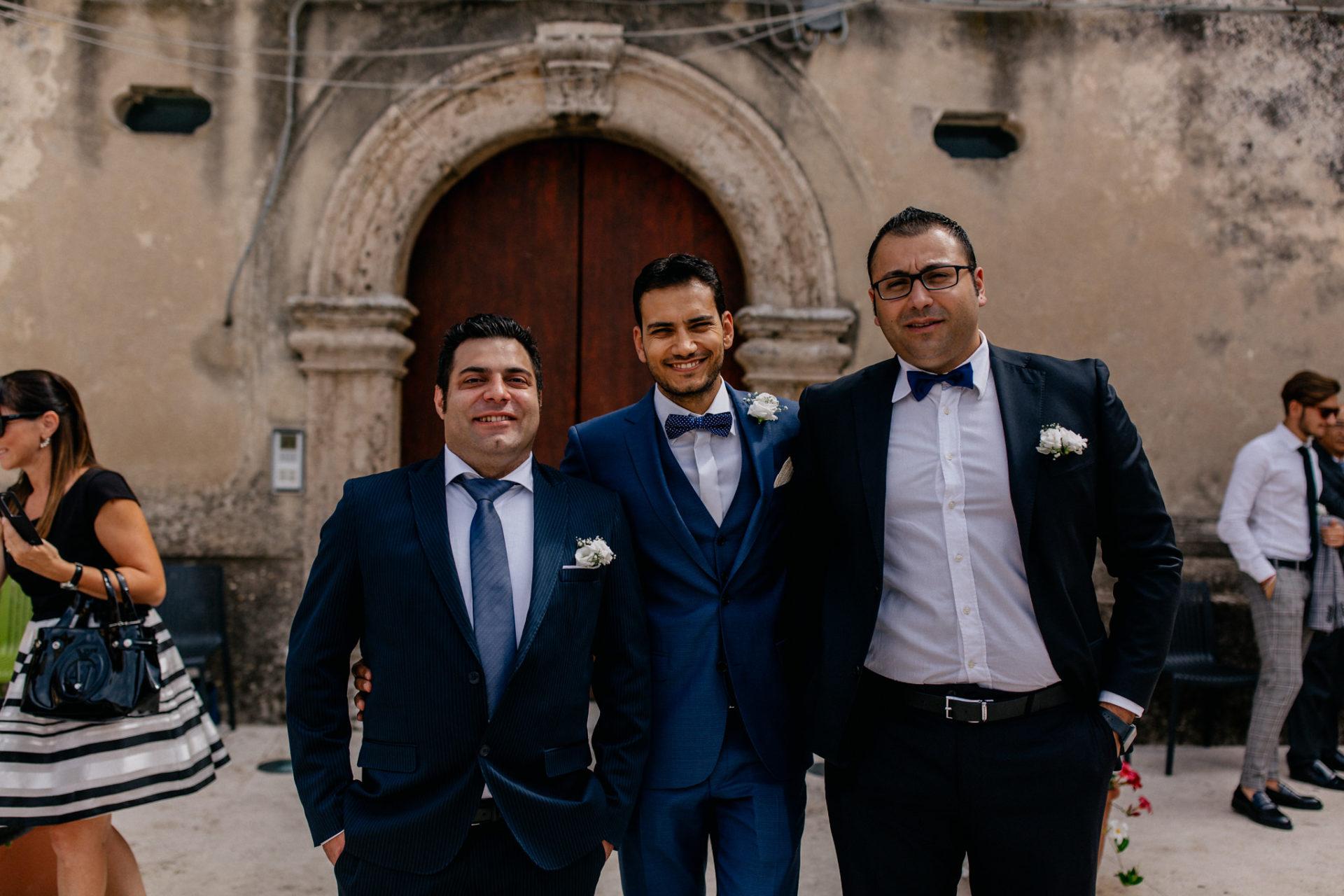 wedding photographer amalfi coast-italy wedding-groom and groomsmen