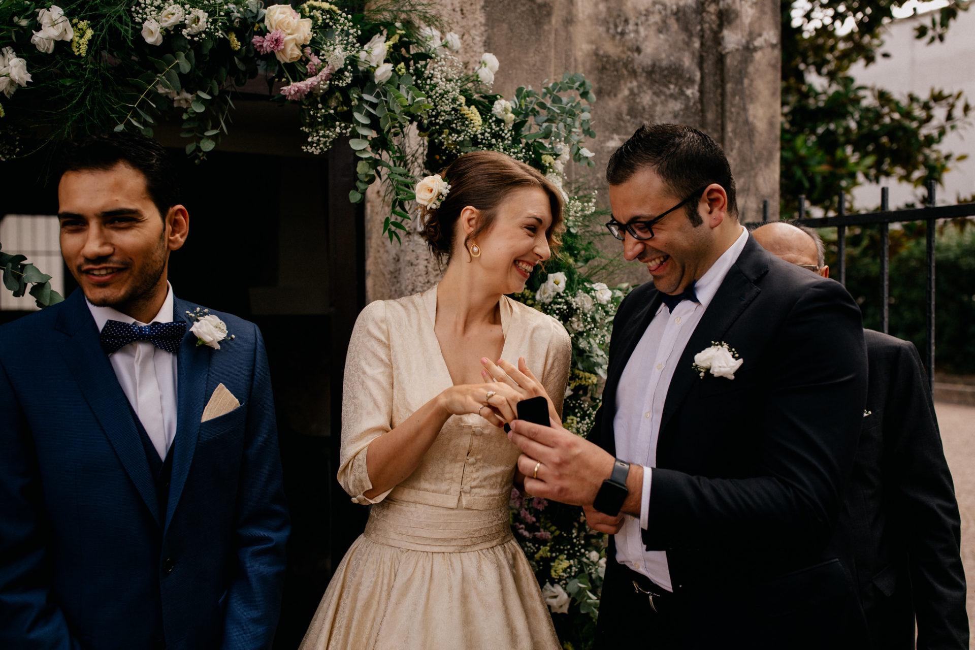 wedding photographer amalfi coast-italy wedding Paestum-exchance of rings