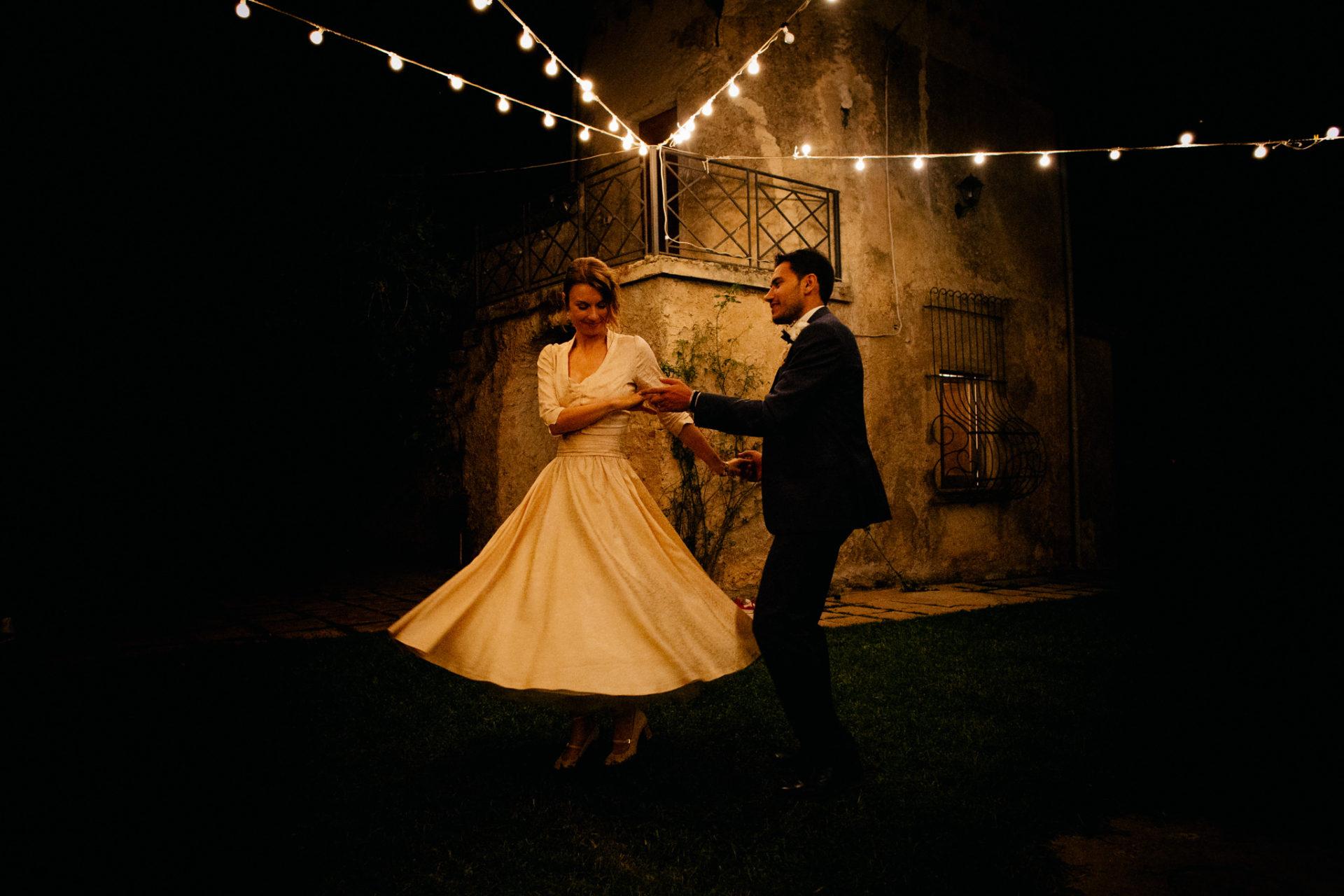 wedding photographer amalfi coast-italy wedding-paestum ceremony-first dance agriturismo seliano
