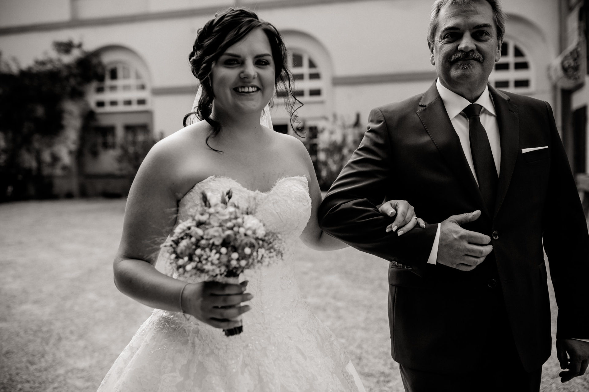 stuttgart wedding photographer-Castle Wedding Germany-Blackforest marriage-schloss heinsheim bride and father