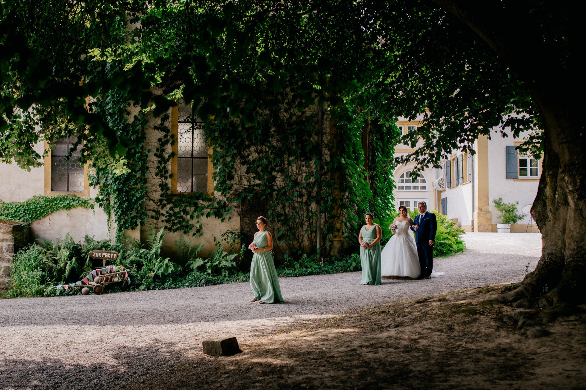 stuttgart wedding photographer-Castle Wedding Germany-Blackforest marriage-schloss heinsheim bride with father