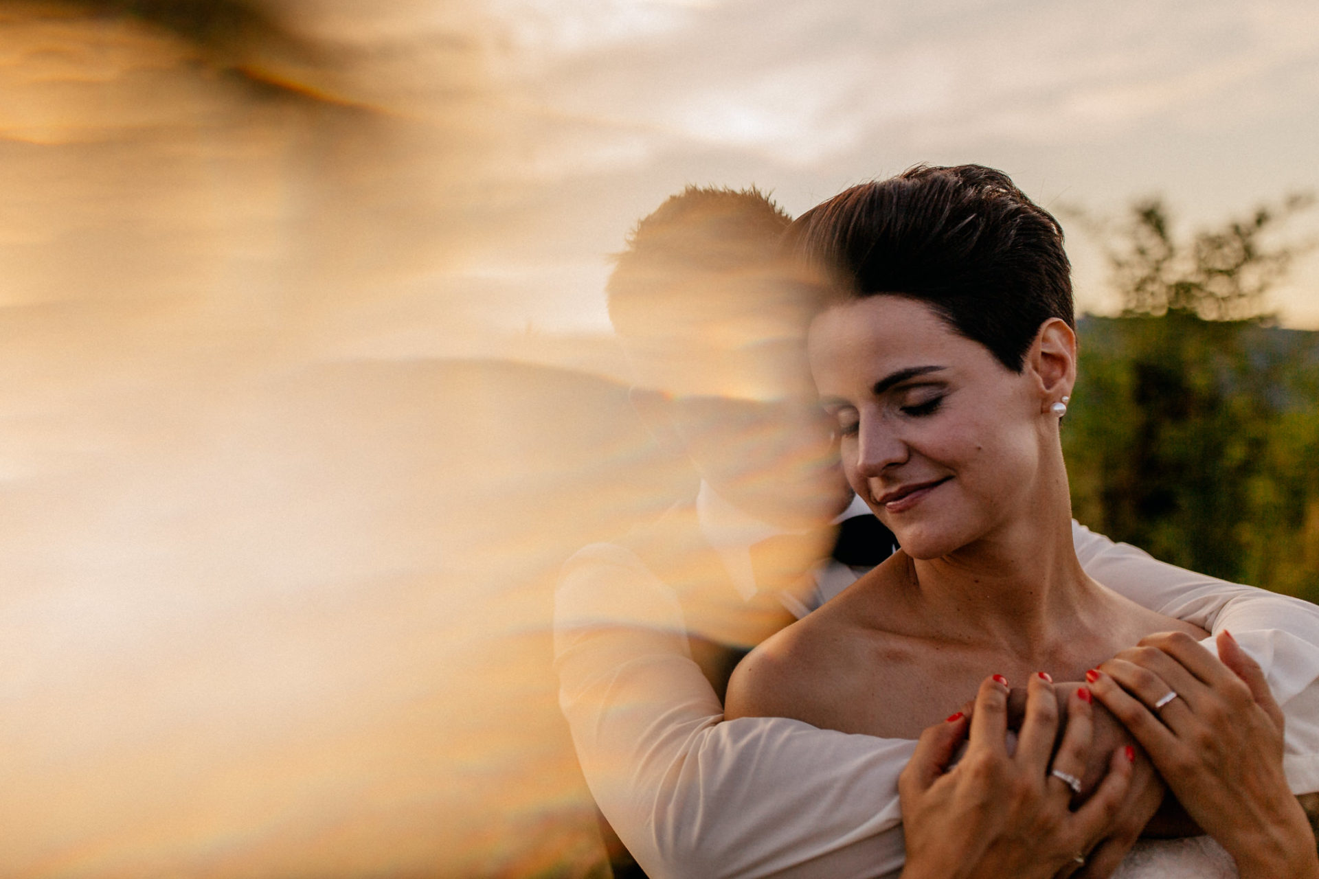 vineyard wedding germany-weingut fitz ritter wedding photographer pfalz bride and groom sunset