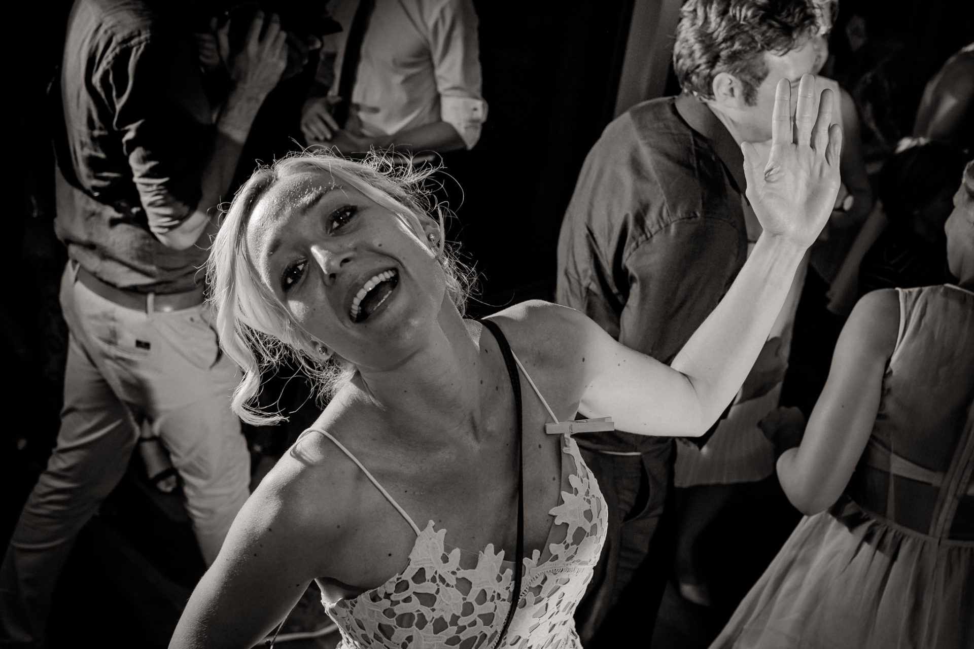 vineyard wedding germany-weingut fitz ritter wedding photographer pfalz bridesmaid dancing