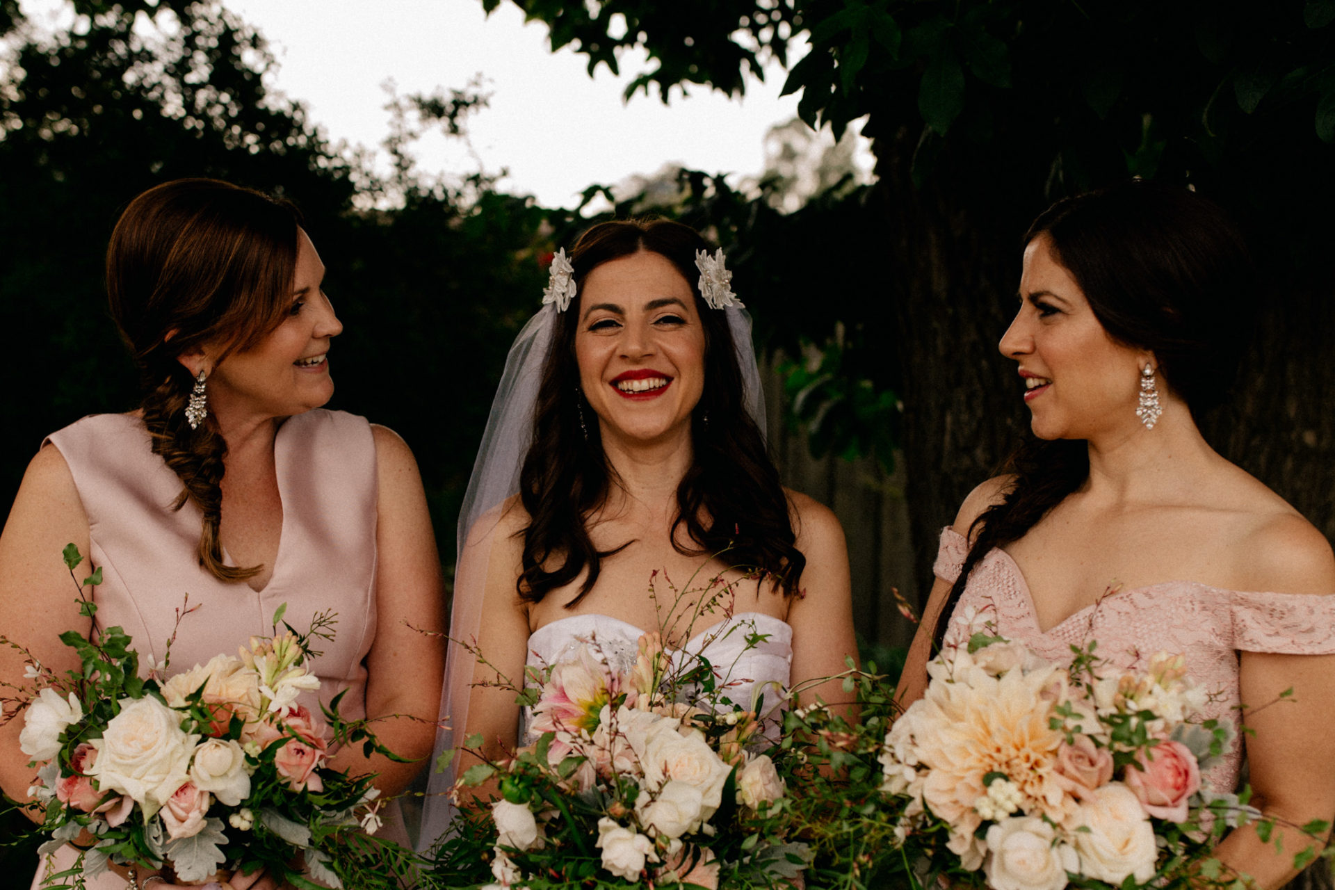 Melbourne Wedding Photographer-Queenscliff DIY garden wedding-bridal bouquet brides maids