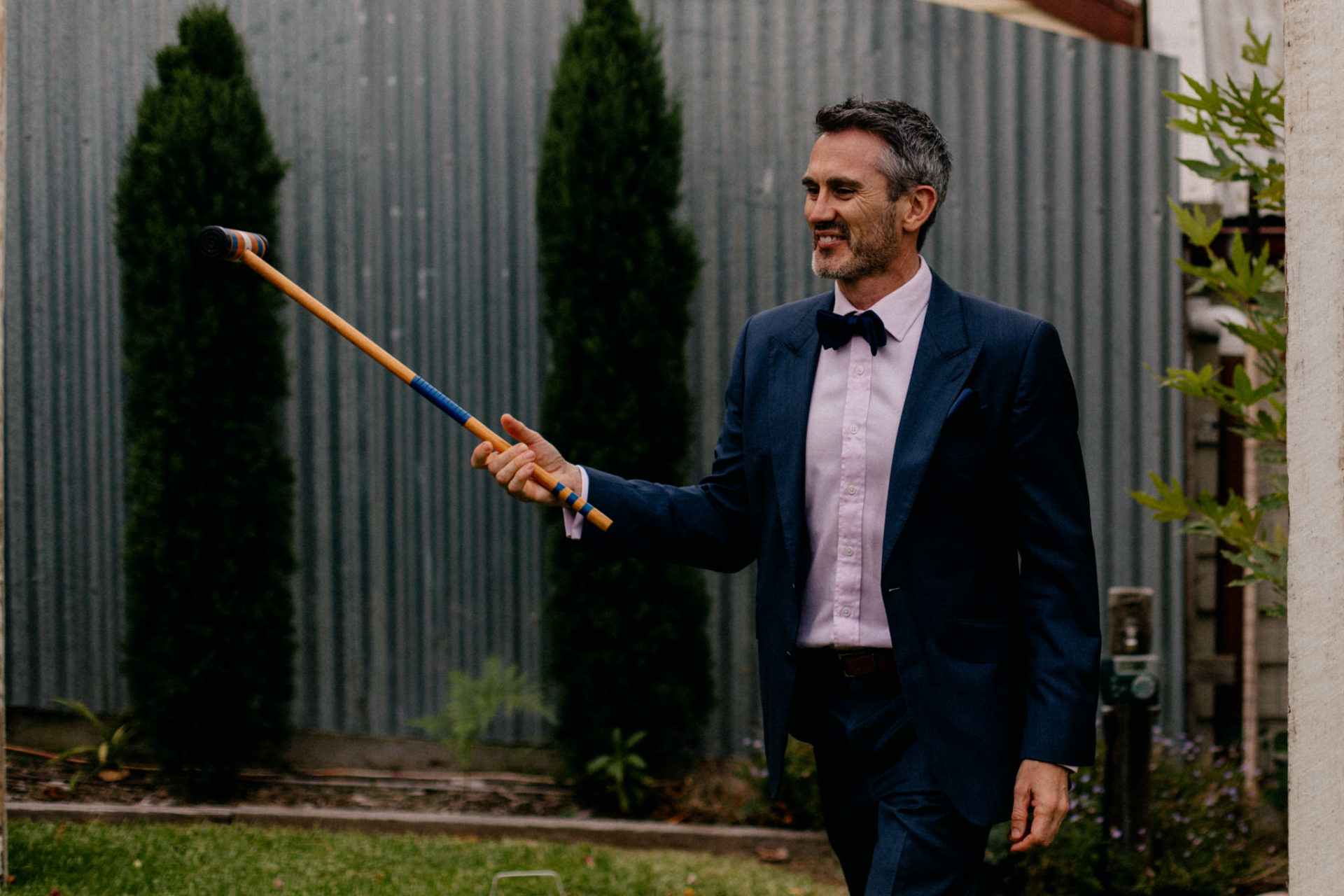 Melbourne Wedding Photographer-Queenscliff DIY garden wedding-outdoor games