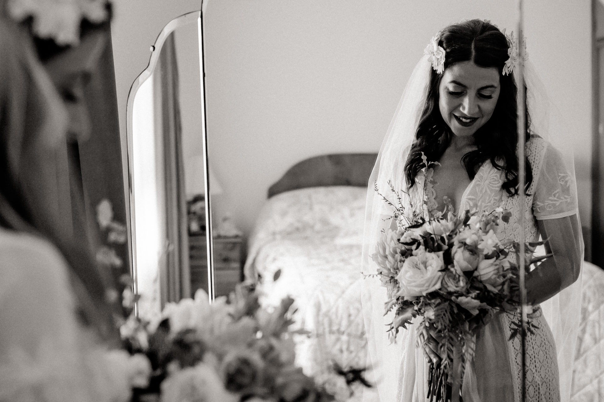 Melbourne Wedding Photographer-Queenscliff DIY garden wedding-bride getting ready