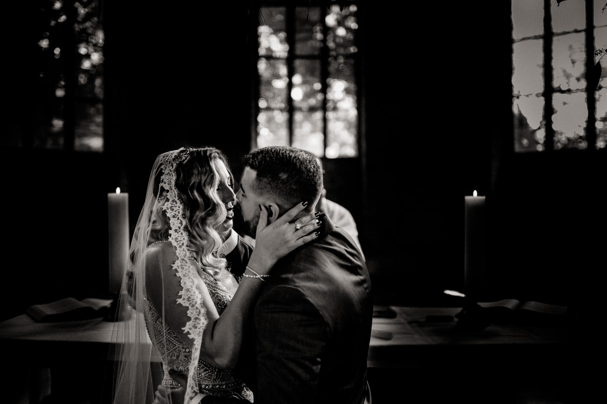 Documentary Artistic Wedding Photographer Berlin Hotel Am