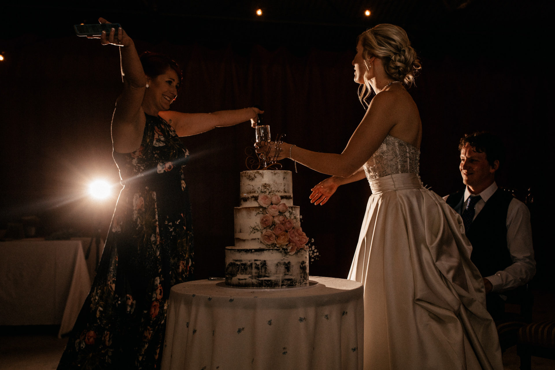 backyard-wedding-australia-melbourne-bride-bridesmaid-speeches-hug-wedding-cake