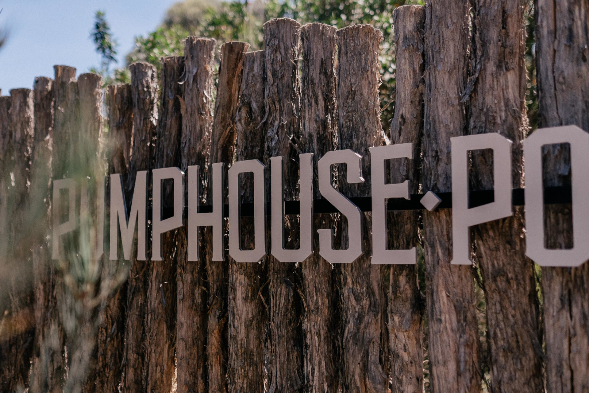wedding-location-tasmania-design-hotel-lake-st-clair-pumphouse-point-honeymoon-holiday-no-children-wilderness-retreat